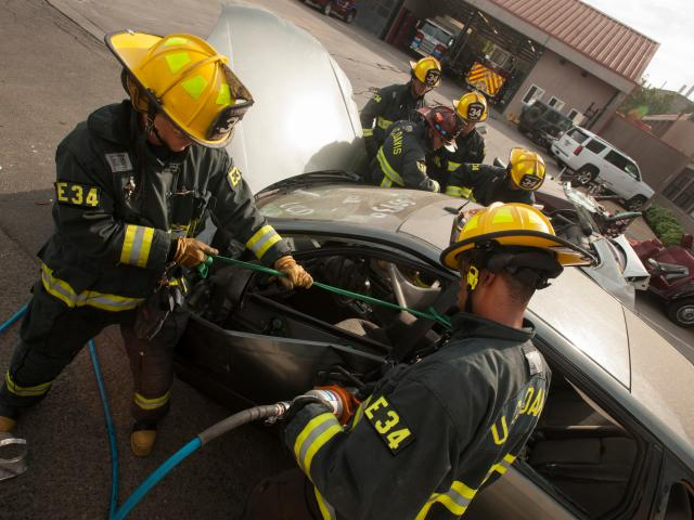 UC Davis Student Firefighters Learning about auto extrication